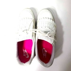 Nike Women's Golf Shoes Size US 8 Gently Used